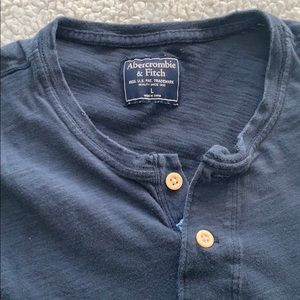 Abercrombie & Fitch large Henley